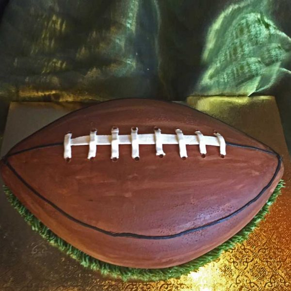 BUTTERCREAM FOOTBALL